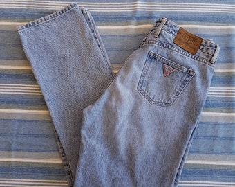 Vintage High Waisted Guess Blue Jeans / 32 x 28 / Vintage Designer High Rise Light Wash Denim Mom Jeans / Made in USA