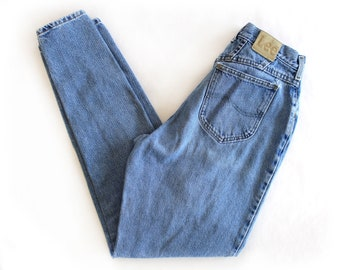 Vintage Lee Women's High Waisted Mom Jeans / 28 x 32