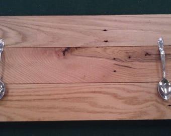 Spoon handled oak serving tray.