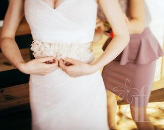 Ivory wedding dress Ivory wedding belt Ivory bridal sash Floral bridal belt Beige bridal sash Beige wedding belt Beige wedding dress Boho