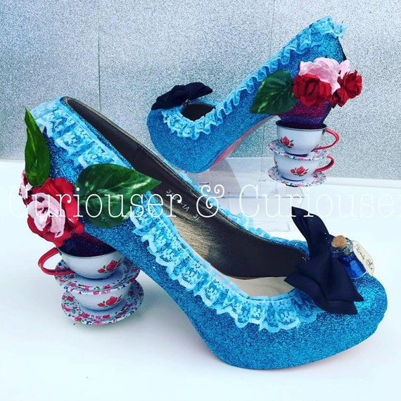 alice im wunderland inspiriert tee tasse heels etsy. Black Bedroom Furniture Sets. Home Design Ideas
