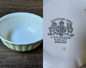 Antique Ironstone J & G Meakin Hanley England White Fluted Scalloped Bowl.