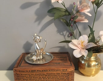 Beautiful Silver Ring Tree/Dish with Sitting Cat