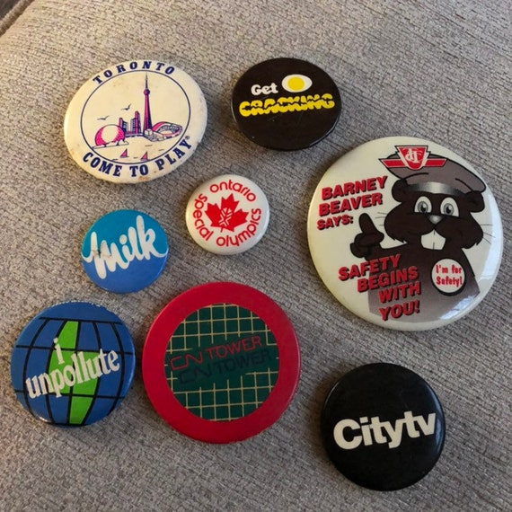 8 Random Vintage Pinback Buttons, Pin Back Buttons