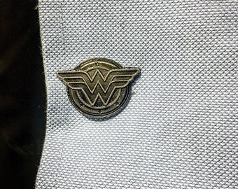 Wonder Woman Superhero Pewter Cufflinks (one pair)