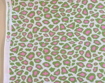 Metro Living leopard spots Fabric By the Yard-Robert Kaufman Fabrics 11176-33 kiwi
