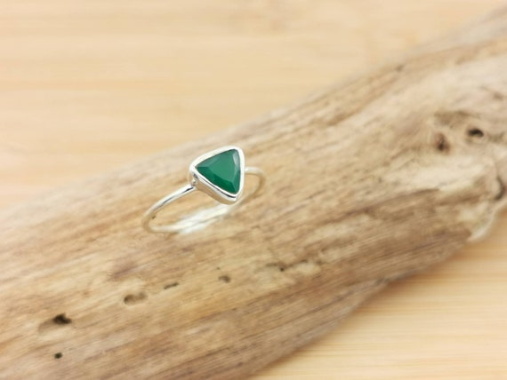 Triangular Faceted Stone Ring 925 Silver with Amethyst/ Green Onyx/ Labradorite/ Rainbow Moonstone