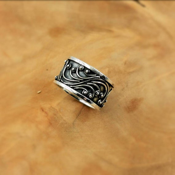 925 Silver Oxidized Band Ring, Boho Band Ring with Vine Pattern, Tendriled Band Ring