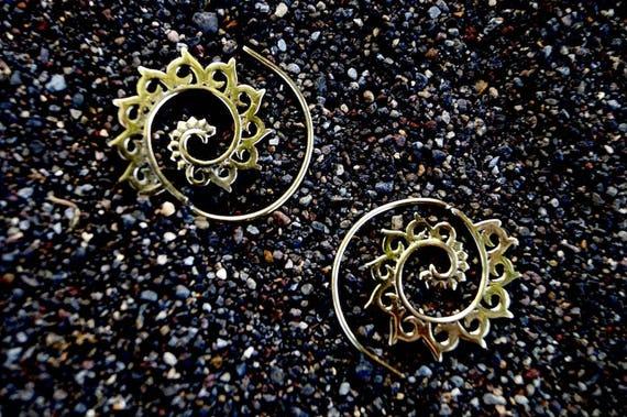 "Boho Spiral Earrings ""Small Lotus Wave"" Brass"