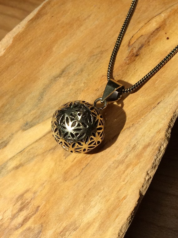 Angel Caller with Flower of Life Pattern