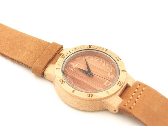Bamboo Watch for Men and Women, Wood Watch with Engraved Dial