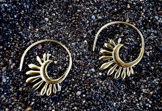 "Boho Spiral Earrings "" Early Blossom"" Brass 25mm"