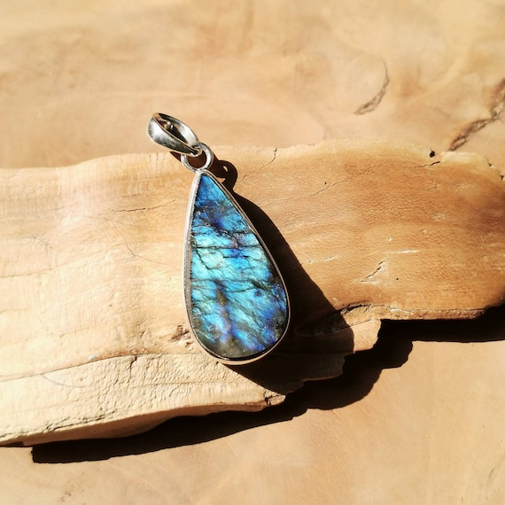 Raw Blue Labradorite Drop Pendant 925 Silver with Chain