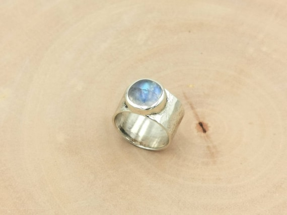 Hammered 925 Silver Ring with Round Rainbow Moonstone, Wide Silver Band with Stone