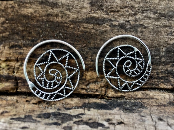 "Boho Spiral Earrings ""Star Spiral"" Small Silver Plated"