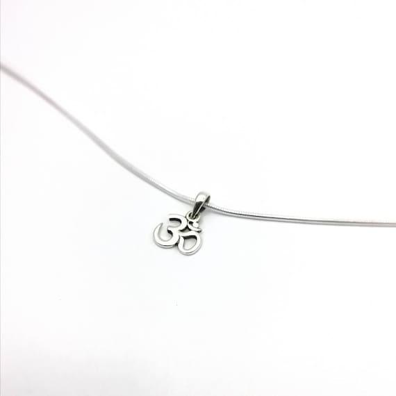 Om Pendant 925 Silver with Chain, Three Sizes, Yoga Pendant, Mediation Pendant