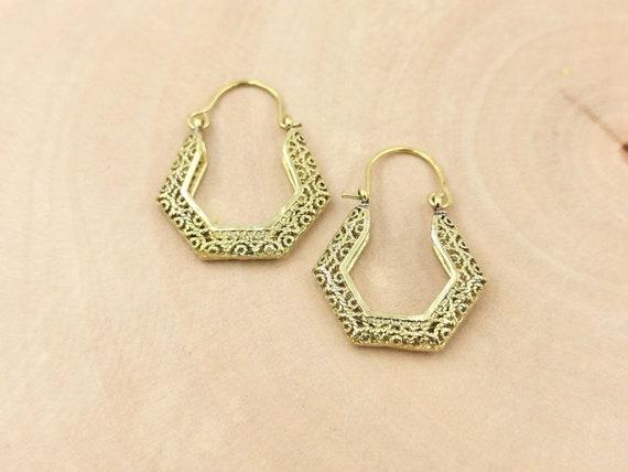 60s Vintage Hoop Earrings Brass, 3D Hexagon Hoops with Pattern