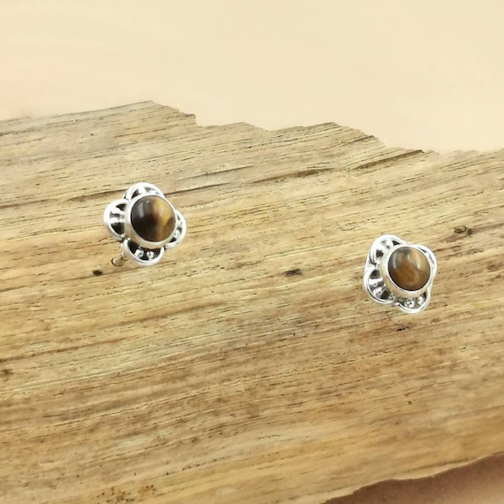 Tiny 925 Silver Boho Studs Classic Small Stone Studs with Tiger Eye, Lapis Lazuli, Malachite, Moonstone or Garnet