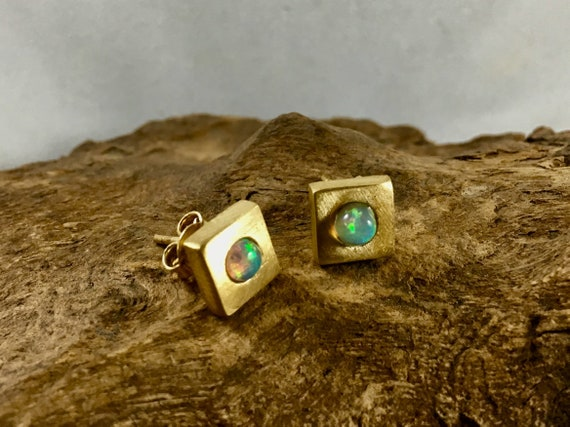 Square Studs with Opal/ Rainbow Moonstone in 925 Silver
