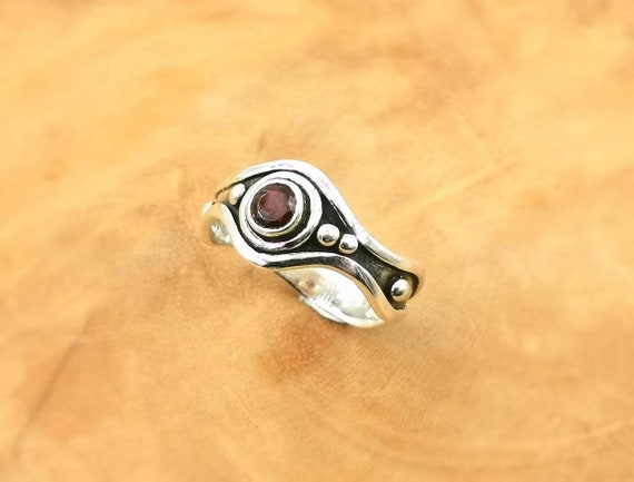 Asymmetrical 925 Silver Brutalist Ring  with Natural S3tones, Black Onyx/ Labradorite/ Garnet/ Moonstone/ Amethyst
