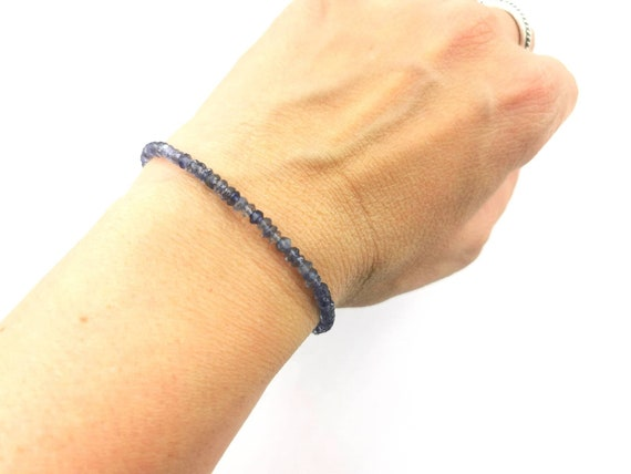 Thin Faceted Iolite Bead Bracelet 925 Silver/18K Gold Plated with Charm