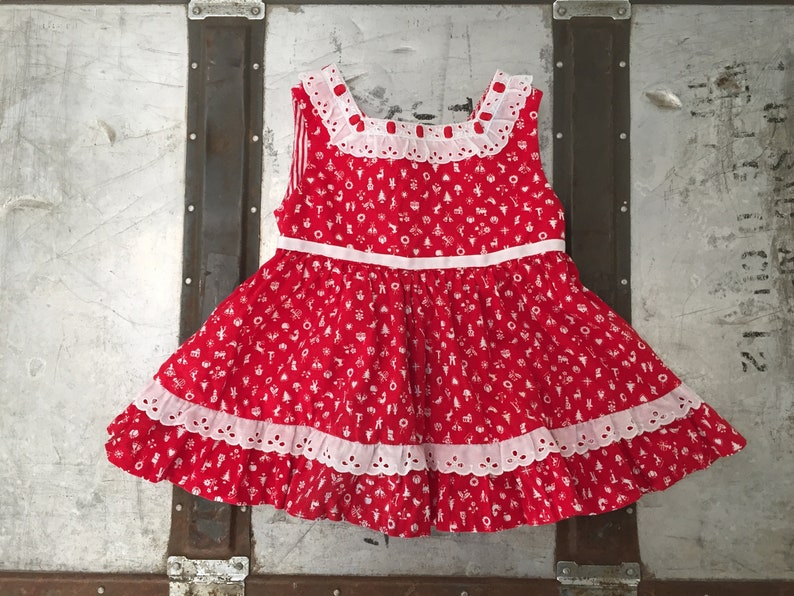 b45704c215 1950s Vintage Infant Baby Girl Novelty Print Red and White