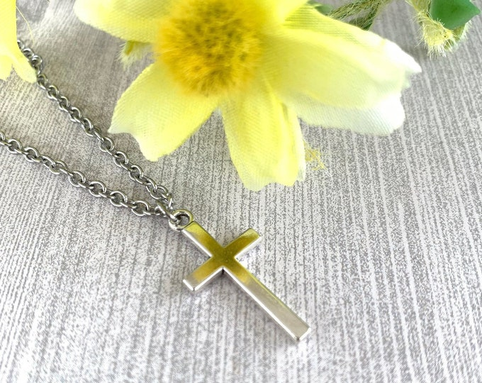 Silver cross necklace with stainless steel chain, Graduation gift, Father's Day, Cross for girls, Cross for boys, Unisex cross necklace.