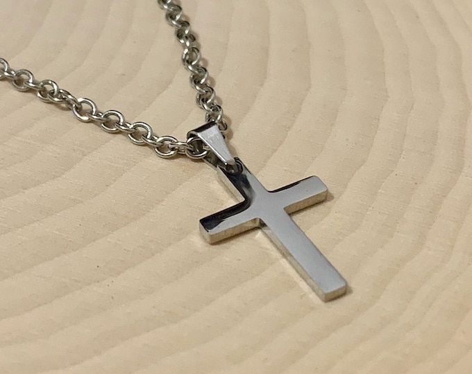 Silver cross necklace for boys and girls, stainless steel cross necklace for girls and boys, small stainless steel cross necklace