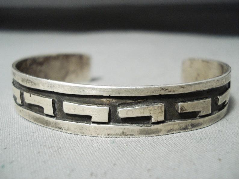 Tremendous Vintage Native American Navajo Sterling Silver Rug Designs Bracelet Make An Offer!