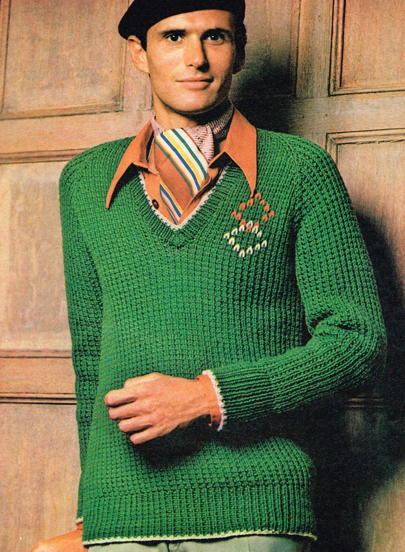 Vintage Knitting Pattern - Men's Raglan Pullover - PDF Download - Retro -  1970s 70s - Knitting for men