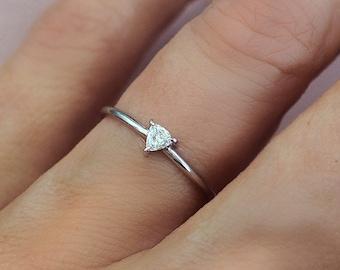 Ready to Ship . Trillion Diamond Solitaire Ring 14k White Gold. Diamond Triangle Ring. G VS Solitaire Ring . 0.10ctw . Polamai