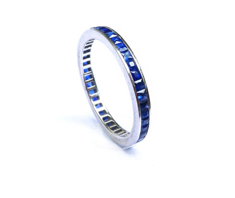 950 Platinum 3 Mm Half-round Wedding Band Ring Msrp $901 Wide Selection; Jewelry & Watches