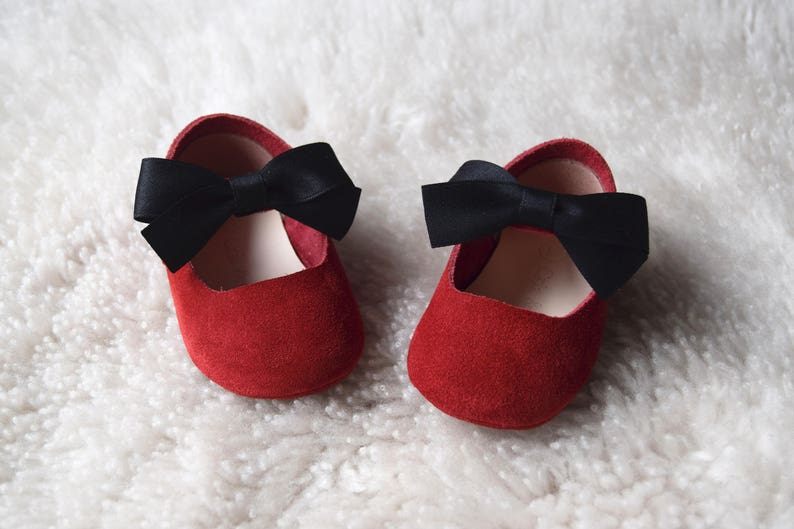 c87041c1b4017 Red Baby Girl Shoes Leather Baby Moccasins Baby Booties