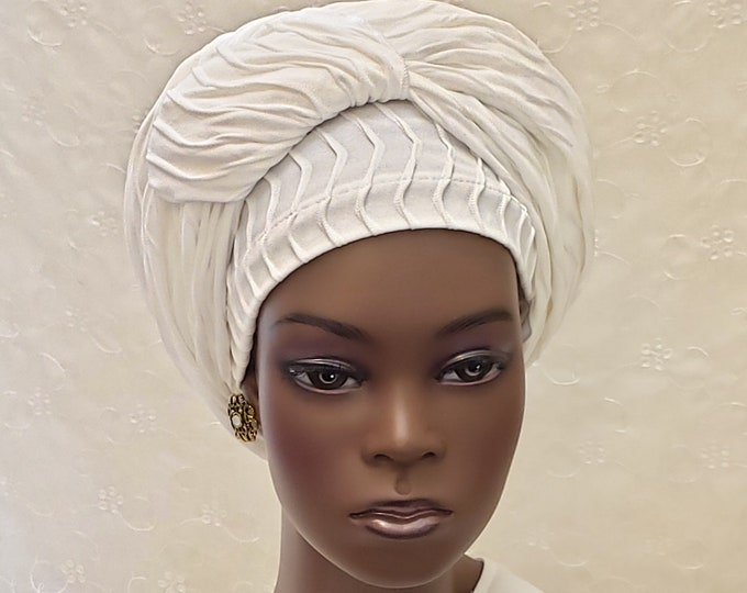 Featured listing image: Off white textured sinar tichel with extra long ties, Jewish hair covering, white head covering, white head scarf, apron tichel, gift, women
