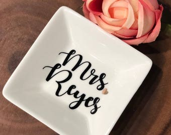Personalized Ring Dish- Ring Dish- Bridal shower gift- Wedding Gift- Engagement Gift- Jewelry Holder- Personalized Gift- Bride to Be Gift