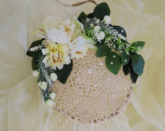 Crochet dreamcatcher, alternative bouquet, wedding decor, beige bouquet, ivory, white, floral dream catcher, boho home decor