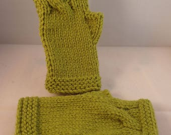 Chunky Twist Fingerless Mitts