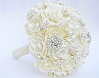 Wedding Brooch Bouquet, Ivory and  Silver wedding brooch bouquet, Classic heirloom broach bouquet, bridal bouquet, Silver  brooch,