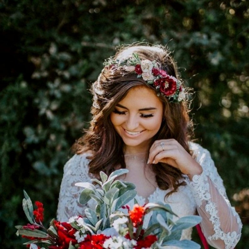 Deep red Wedding crown Bridesmaid crown Bridal flower hair piece Wedding flower crown Burgundy floral crown Burgundy Blush flower crown