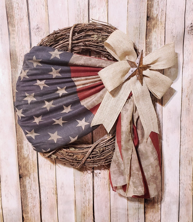 July Fourth Wreath Patriotic grapevine wreath Flag wreath Primitive decor American wreath Rustic Americana decor Flag decoration