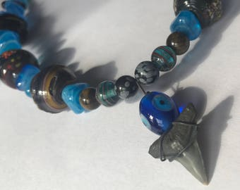 Glass Bead Wire Necklace