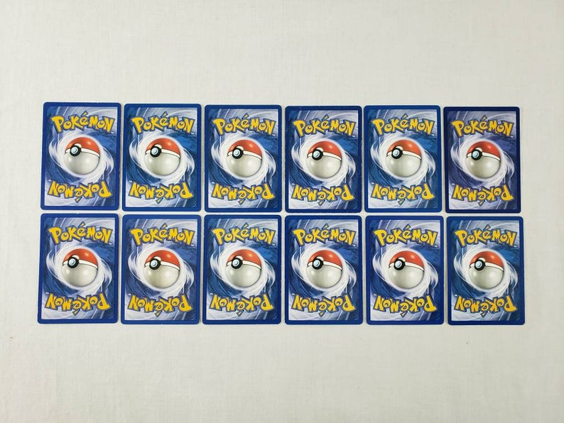 - Assorted Languages - x31 #204 Pokemon Foreign Card Lot
