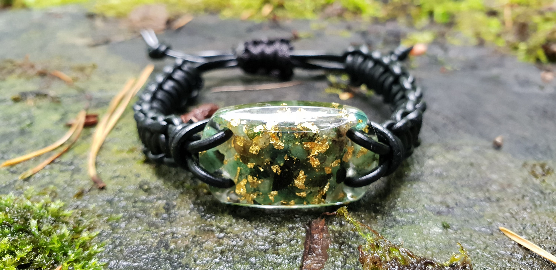Powerful natural Emerald strong programmed amulet silver Reiki chakra healing EMF protection wealth Orgone orgonite pendant love