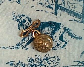 Vintage Photo Locket Pin
