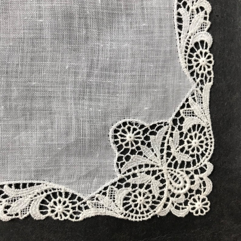 Vintage White Linen Handkerchief With Border Of Lace