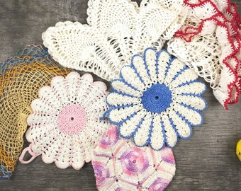 Vintage doily lot, six vintage doilies, pretty doilies, shabby chic decor