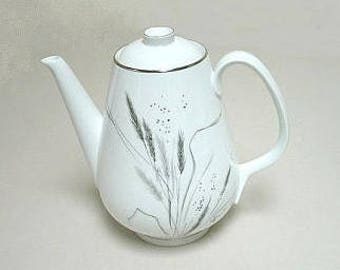 "Easterling ""Kora"" Porcelain Coffee Pot Bavaria Germany 6.75"" Wheat Pattern Platinum Trim"
