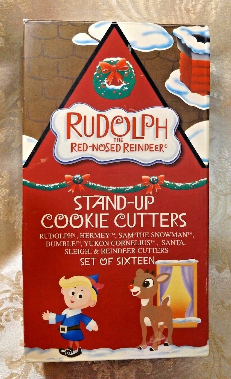 Rudolph Christmas Movie Characters.Christmas Cookie Cutters 3 D Stand Up 8 Rudolph Movie Characters 16 Piece In Box
