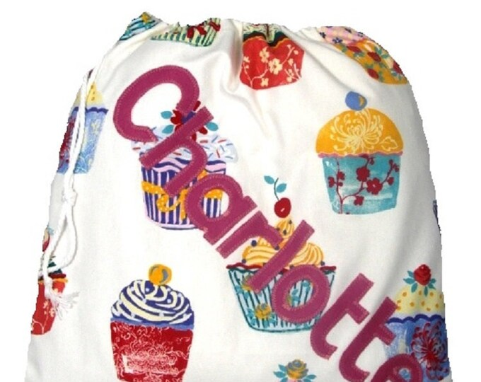 Cupcake personalised bag, Drawstring bag, Gym bag, School bag, Nursery bag, Scrub bag, Girls birthday gift  Appliqued Felt