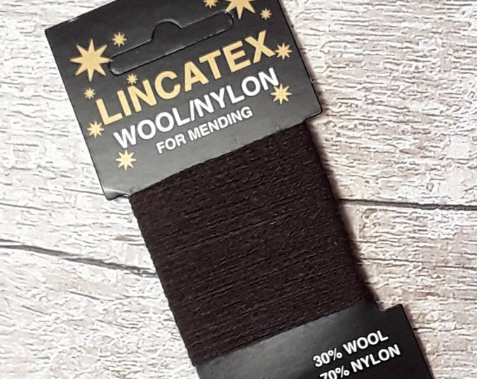 Darning Mending wool in Chocolate brown 10 metres 11 yards Dark brown Wool nylon mix